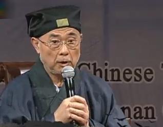 马梓才:香港道教体制不同 肩负慈善责任