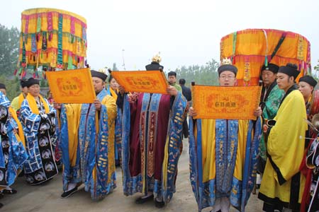 山东济宁青华洞道观隆重举行监院升座仪式