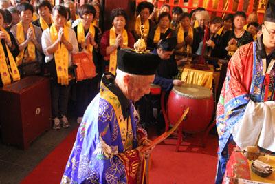 上海城隍庙隆重举行月老殿、三官殿开光法会