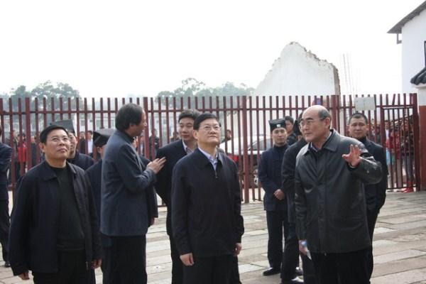 中央纪委副书记干以胜同志视察天师府