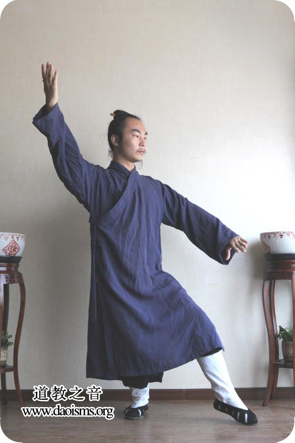 武当三丰太极拳28式 第七式 搂膝拗步