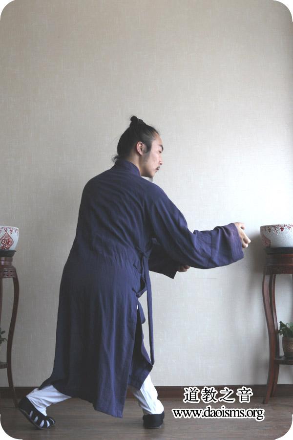 武当三丰太极拳28式第九式 小擒拿手 详解版