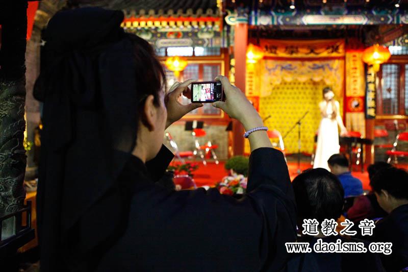 中秋节北京吕祖宫拈花微笑摄