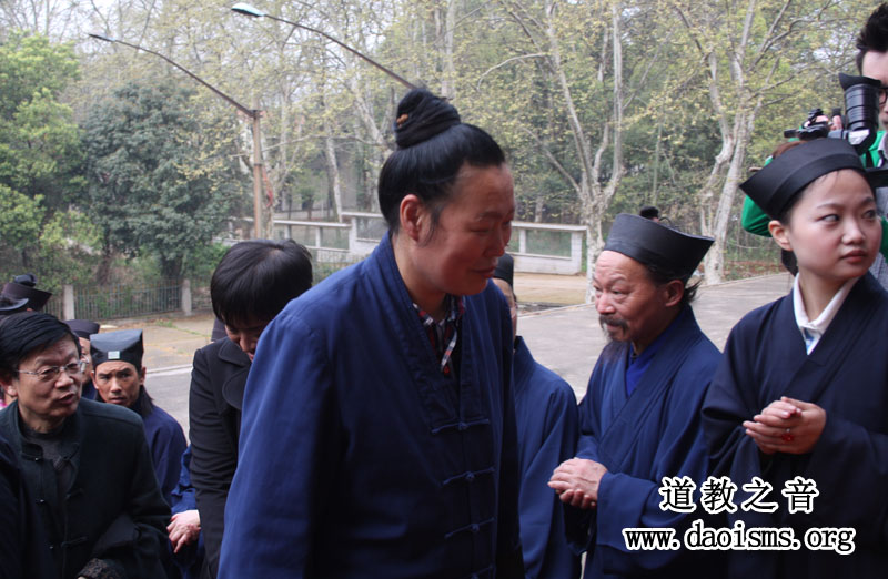 武当山紫霄宫副主任龚金焕道长出席