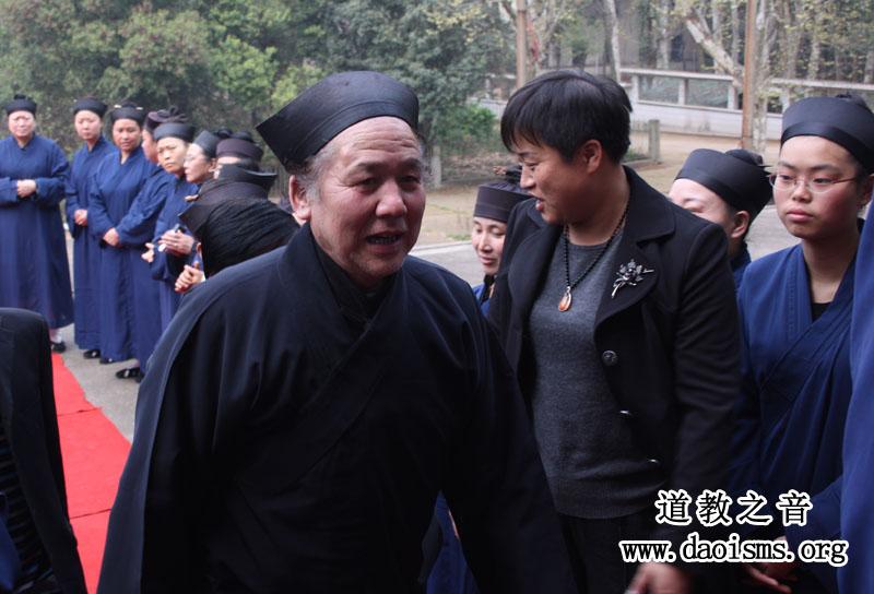 中国道教协会副会长、河南省道教协会会长黄至杰道长出席