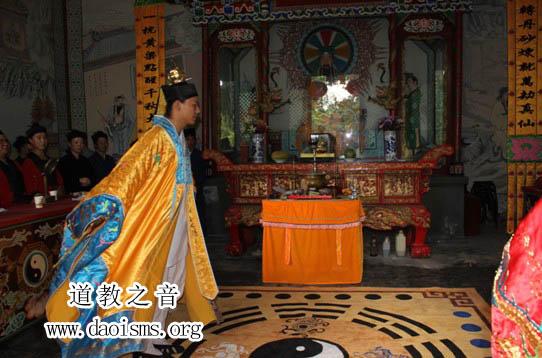 """2012届""""武汉道教高功音乐学习班""""进入坛场实习操作阶段"""