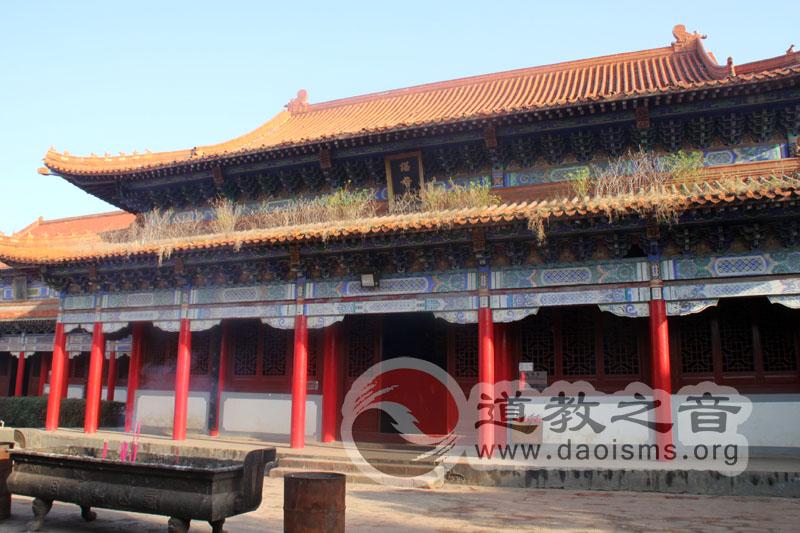 西山万寿宫谌母殿,供奉许真君的老师谌母