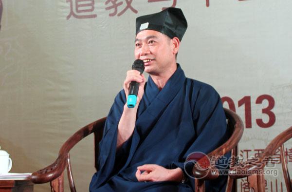 谈玄灵宝 论道岐黄——张继禹(视频)