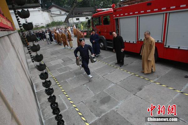 杭州市举行宗教界消防运动会   千余信众观摩比赛