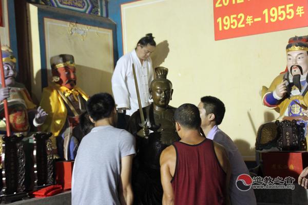 永登县斗母宫迎请北京白云观六十甲子神像