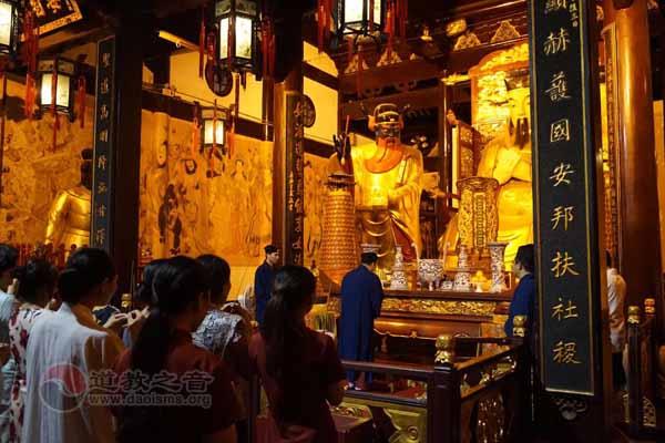 """上海城隍庙""""茶道•太极拳""""国学班举行结业仪式"""