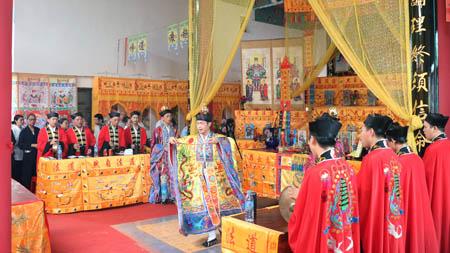 福建福安普扬法坛举办的中元节七天免费普度布施法会