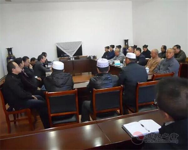 大同市委统战部召开2015年大同市五教献言献策工作座谈会