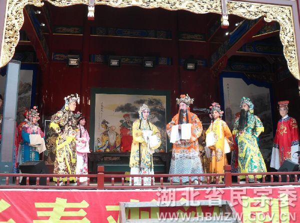 湖北武汉长春观举行长春观大戏台开台仪式