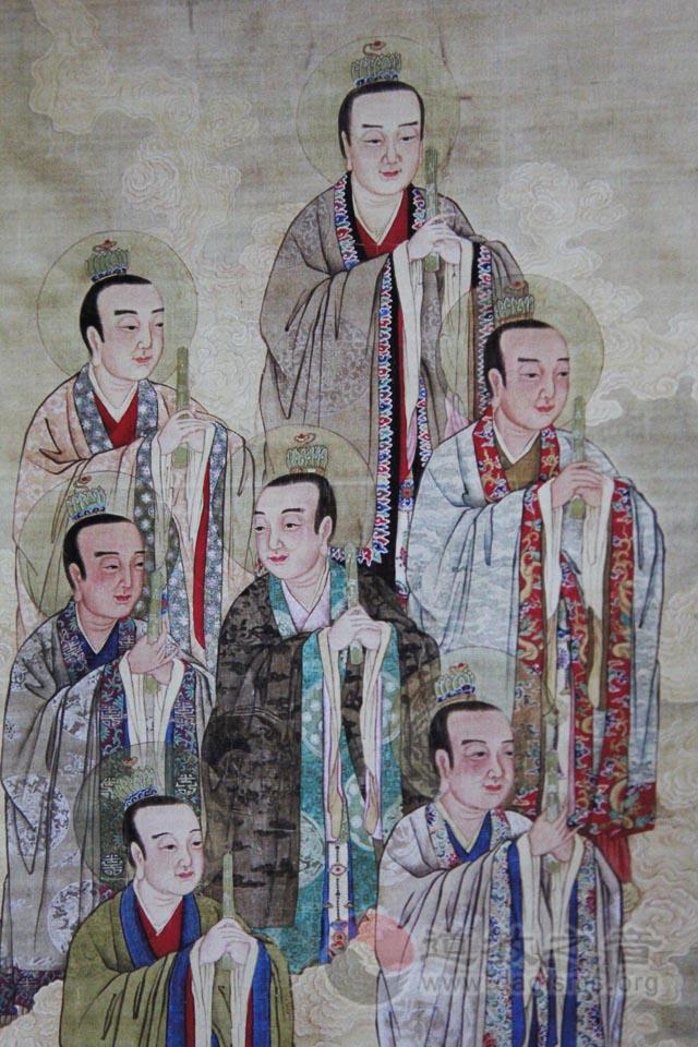 北斗星君(左)