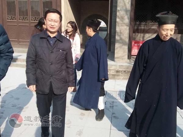 山西省宗教局副局长藤德刚一行慰问大同宗教界人士