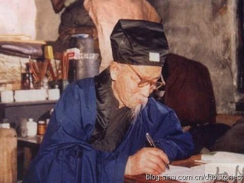 黑龙江铁力市关帝庙刘明哲道长
