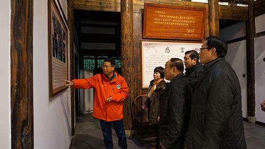 石狮城隍庙为福建登山救援公益事业爱心捐款