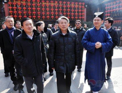 上海市委领导一行到城隍庙慰问全市道教界人士