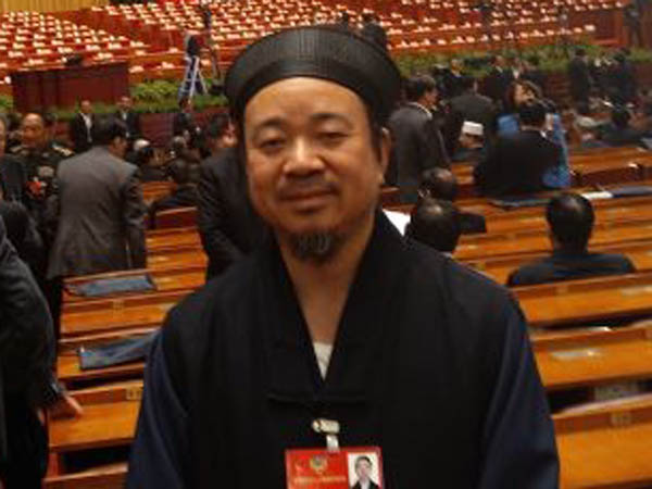 中国道教协会副会长黄信阳道长