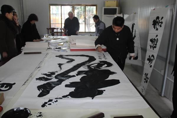 上海市财神庙首次书法笔会活动成功举行