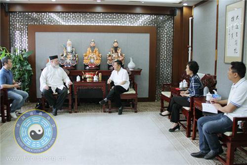 美国道教协会至厚道长一行拜访中国道教协会