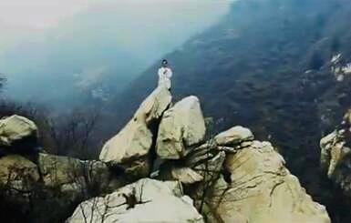 纯正道教题材电影《飘雪丹心》日前正式上映