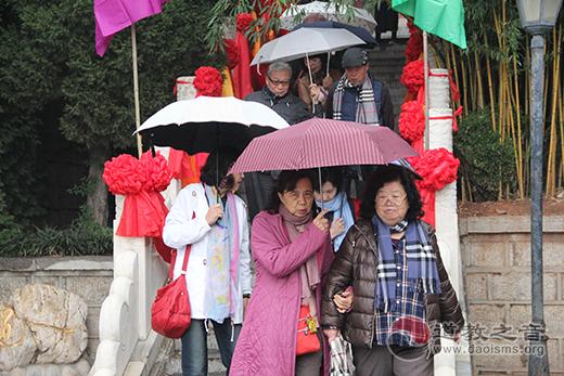 台湾慈济功德会参访陕西西安市骊山明圣宫