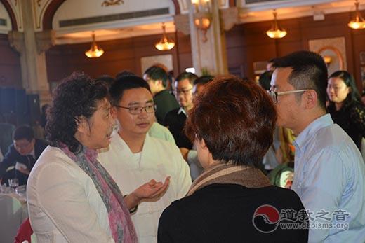 上海慈爱基金会参加上海公益伙伴日慈善拍卖会