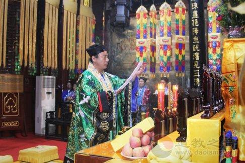 武汉长春观水官大帝圣诞祝寿法会(图集)
