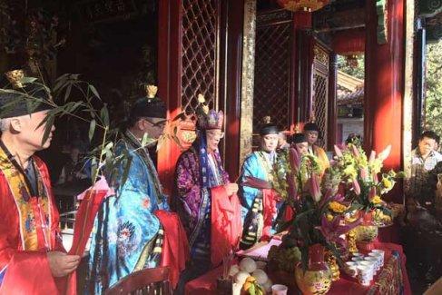 云南昆明龙泉观开光庆典法会视频欣赏·普度(视频)