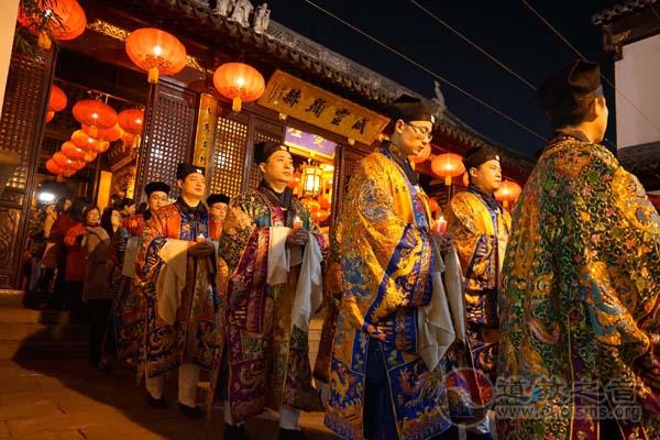 """上海城隍庙举办""""祈祥纳福""""辞旧迎新活动"""
