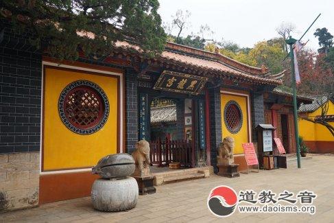 云南昆明黑龙宫(图集)