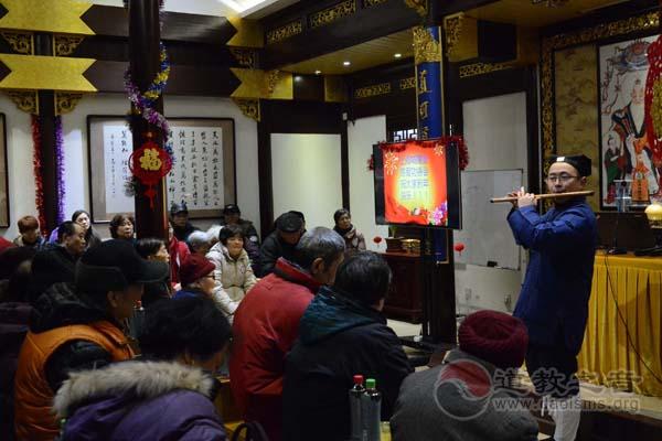 上海城隍庙慈爱功德会举办送温暖系列活动