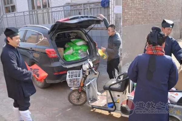 """天津药王庙隆重举行新年慰问送""""福""""活动"""