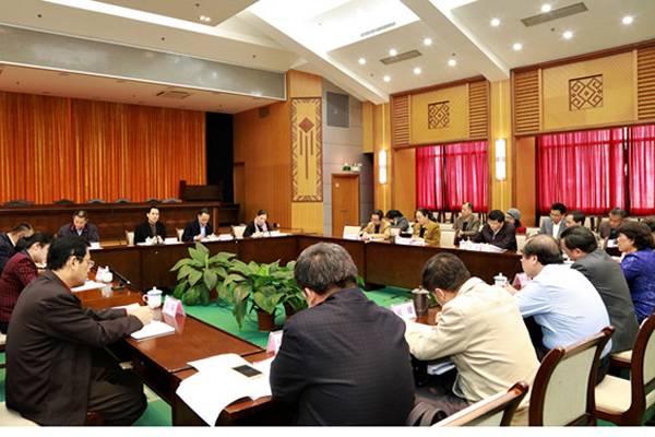 广西自治区领导到区民宗委慰问民族宗教工作