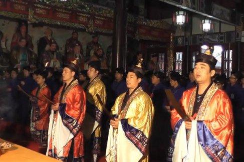 2013(癸巳)年江西龙虎山天师府内地授箓法会(视频)