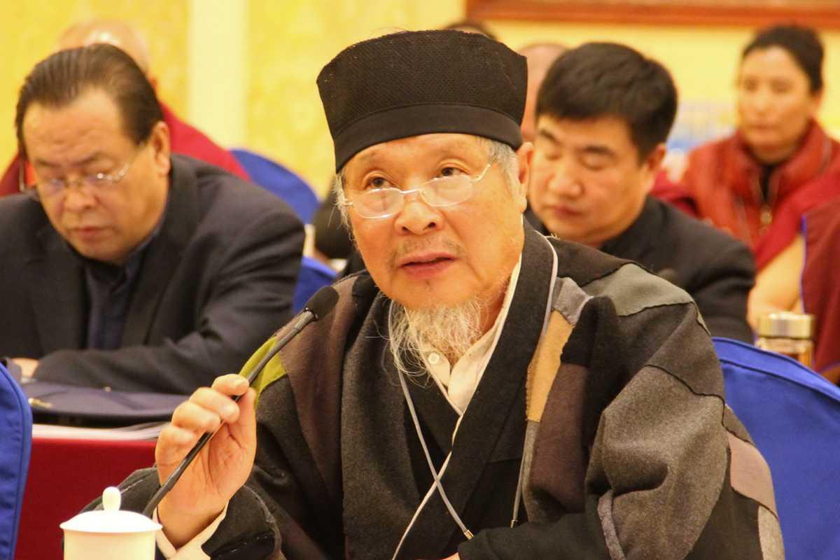 全国政协委员、中国道教协会咨议委员会副主席刘怀元道长在3月6日小组讨论会上(图片提供中国西藏网刘莉)