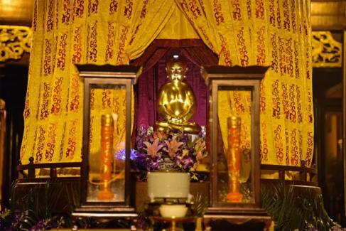 图文详解:上海城隍庙降圣节前夜神秘的老君降生仪典