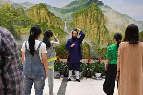温州市民宗局组织干部职工开展太极拳培训