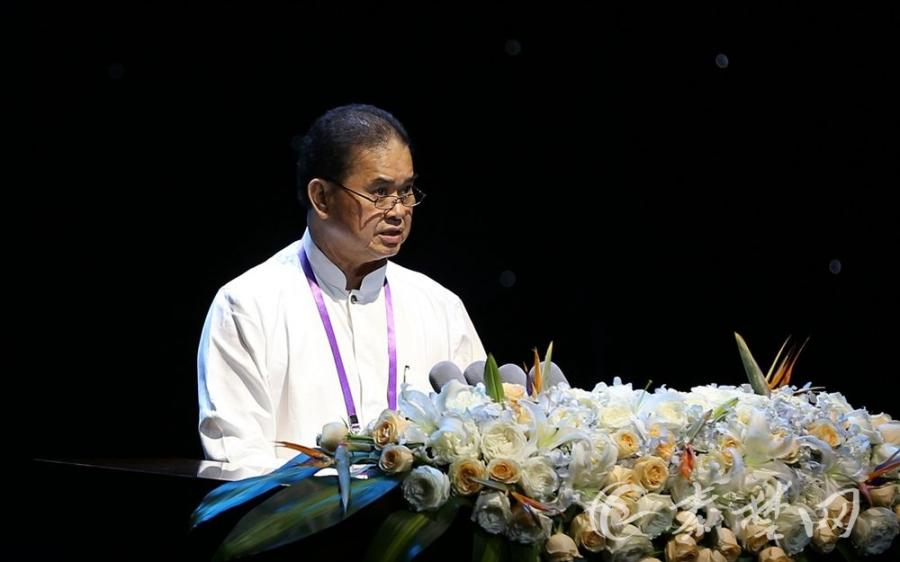 新加坡道教总会会长陈添来演讲《薪火相传 任重道远——21世纪以来新加坡道教总会的工作与发展》(图片来自秦楚网)