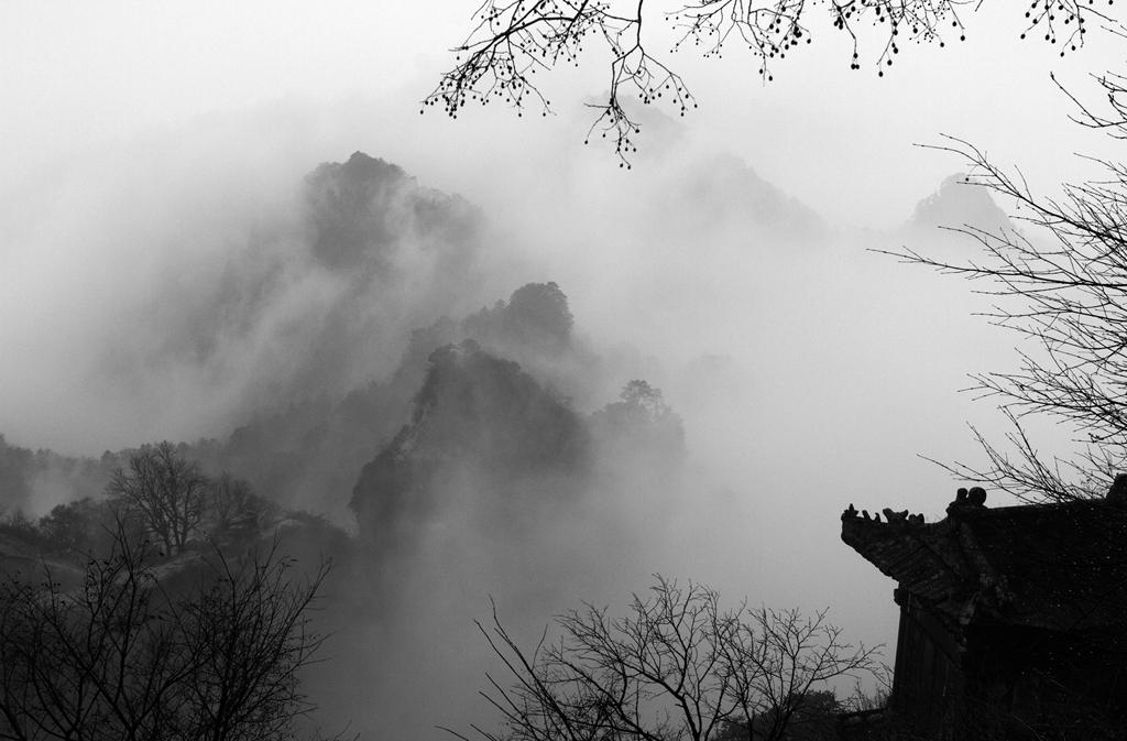 036迷人的武当山 (摄影:何进文)
