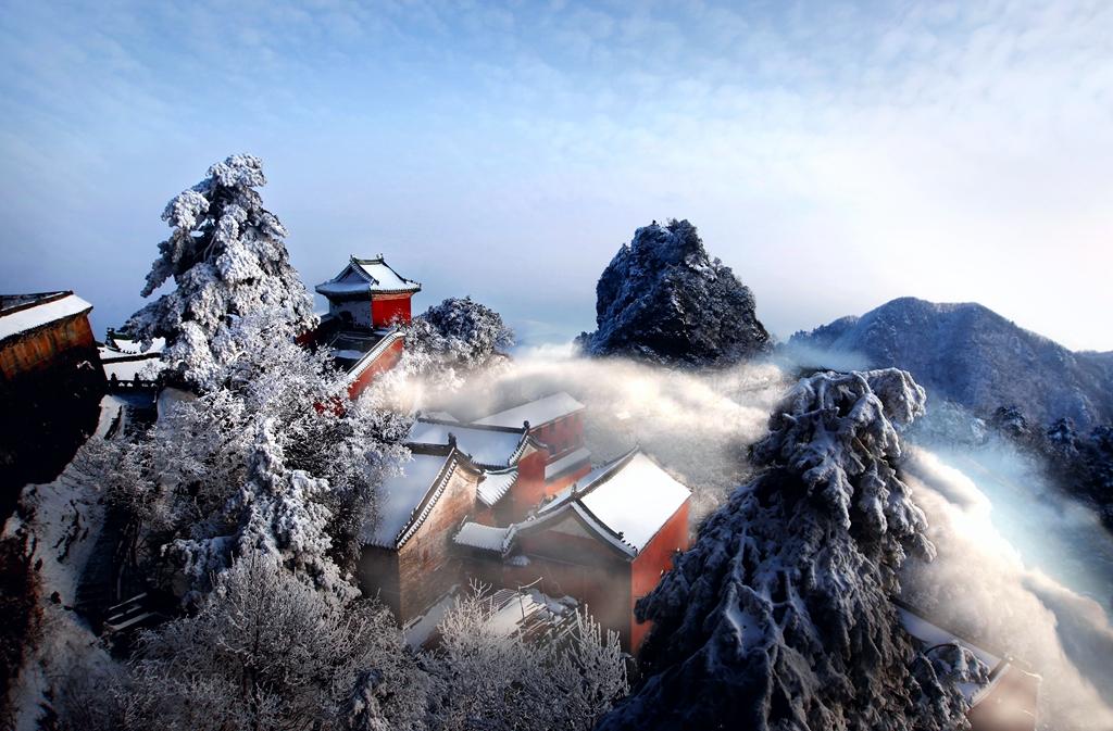 079优秀作品:仙山传说(摄影:刘雪清)