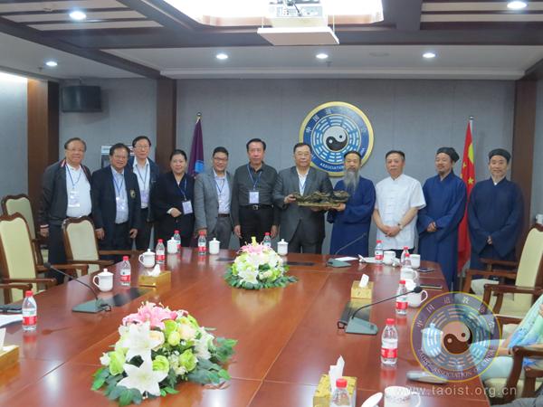 香港道教联合会理事会访京团拜访中国道协