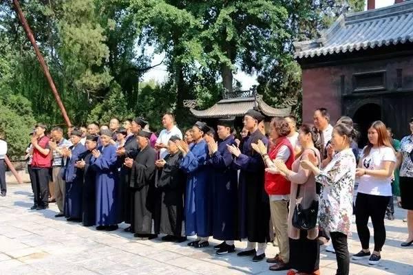 """泰山王母池荣获全国""""和谐宗教活动场所""""荣誉称号"""