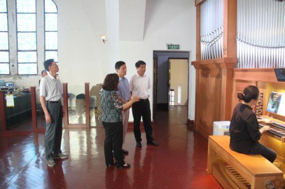 山东宗教局局长马传凯到青岛调研宗教工作