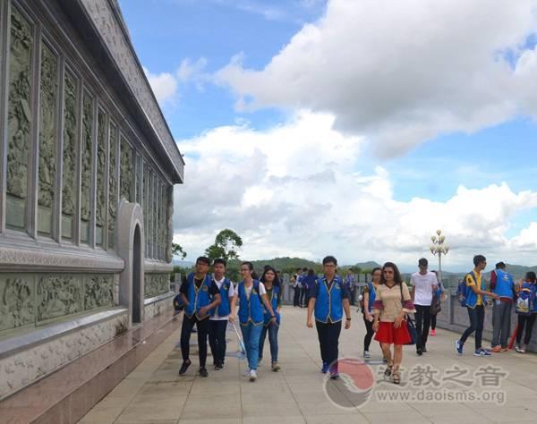 """印尼华裔""""中国寻根之旅""""在陆丰福山举行"""