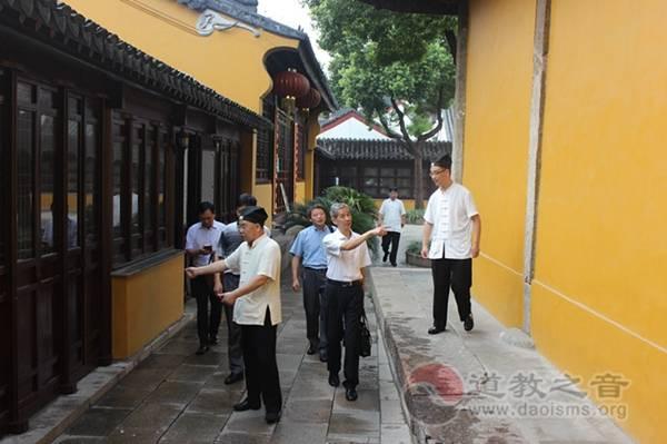 江苏省民委、省宗教局领导到苏州玄妙观调研