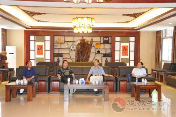 湖北省委党建工作小组到武当山道学院考评