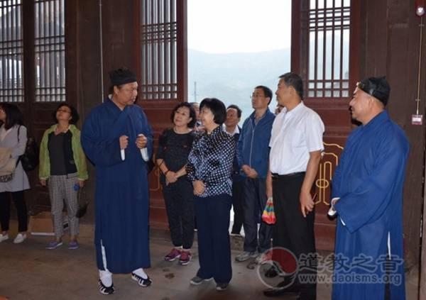 山西省政协副主席李悦娥带队到北岳恒山调研
